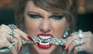 Taylor Swift with lots of Diamonds